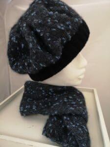 KundInnenprojekt Set Mütze und Schal Seite
