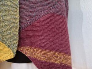 KundInnenprojekt Kuschelschal aus Drachenwolle Farbaufteilung