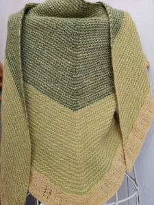KundInnenprojekt Himinbjorg aus Lacegarn als Halstuch